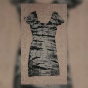 White and grey tie dye shirt sleeve mini dress